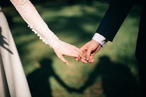 weddings-3225110_1920